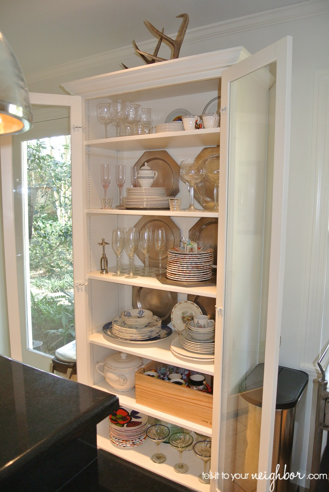 Tell It To Your Neighbor Styling A Glass Cabinet