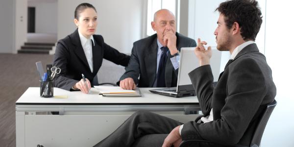 Cara Sukses Dalam Wawancara Kerja