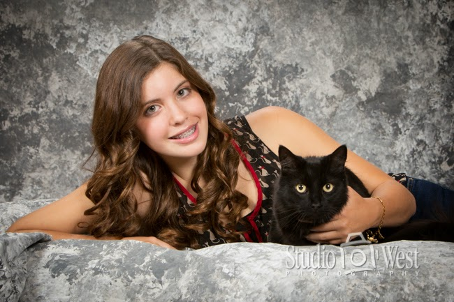 Atascadero High School Senior Portrait - Portrait with Cat - Studio 101 West Photography