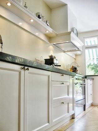 Klassieke houten keuken