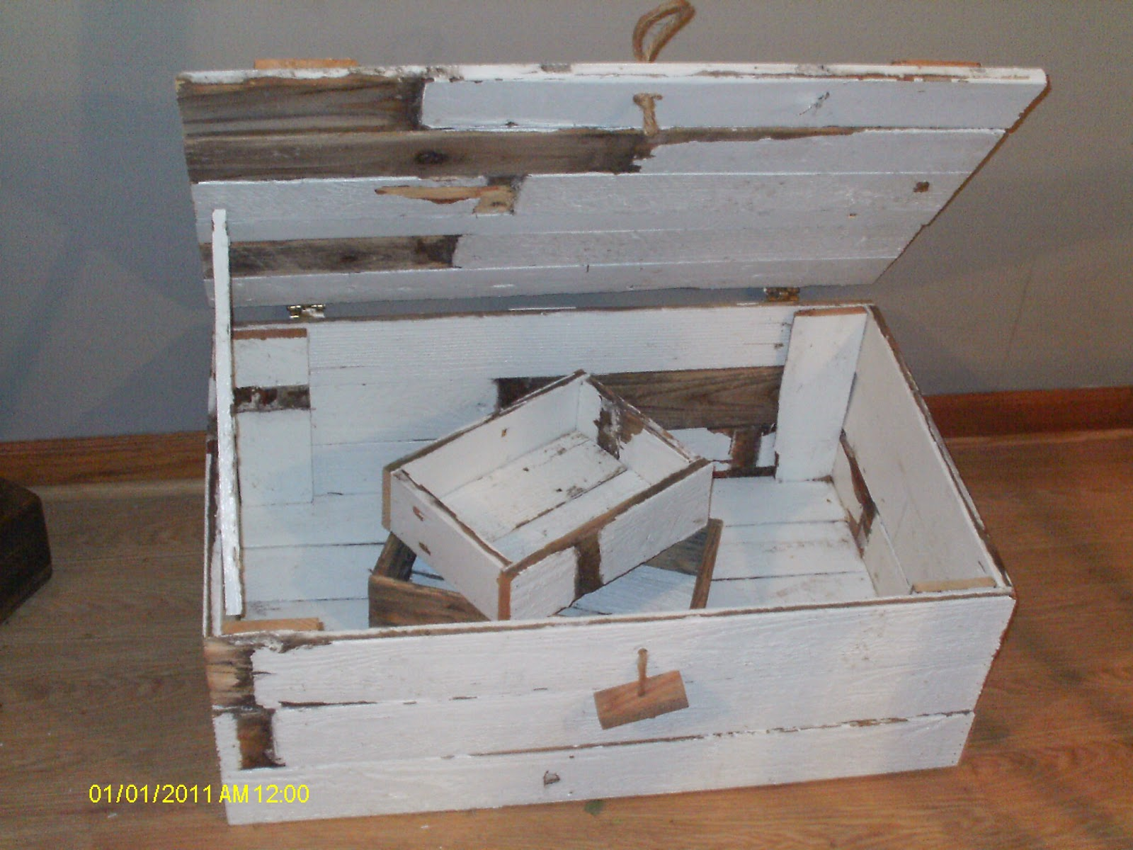 Handmade Rustic Log Furniture 2 More Reclaimed Fenceboard Chest A Barnwood Picture Frame
