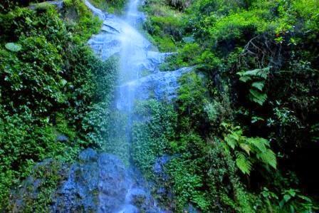 Air Terjun Monthel : objek tempat wisata alam di kudus yang masih asri
