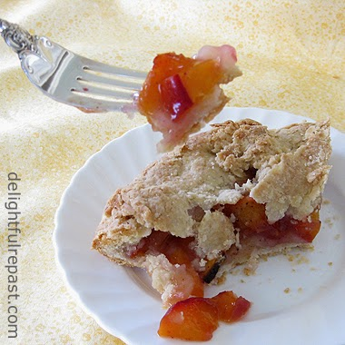 Peach Galette/Crostata/Rustic Tart / www.delightfulrepast.com
