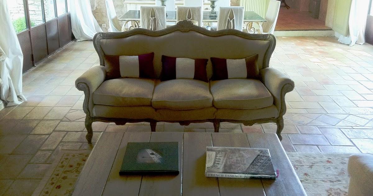 Arredamento provenzale divano soggiorno provenzale for Arredamento soggiorno stile provenzale