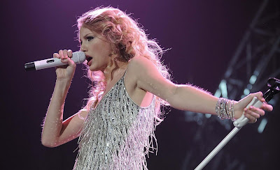 Singer Taylor Swift Teen Singer Wallpapers
