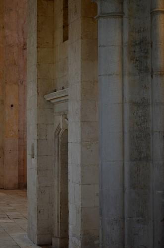 10 Eglise Haute - Abbaye de Montmajour
