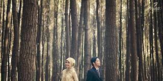 Gambar pre wedding outdoor