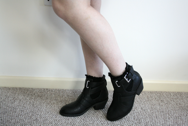 new look boots, new look ankle boots, cut out ankle boots, cut out boots, topshop cut out boots dupe
