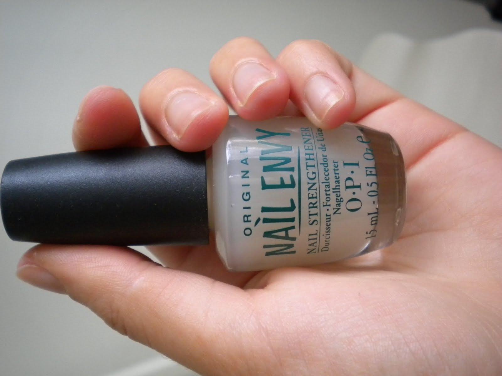 Makeup, Fashion, and Life.: OPI Nail Envy Review