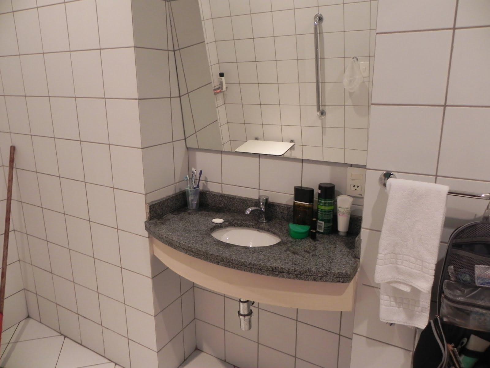 Acessibilidade na Prática: Banheiro acessível Go Inn Jaguaré  #20613C 1600x1200 Acessibilidade Idosos Banheiro