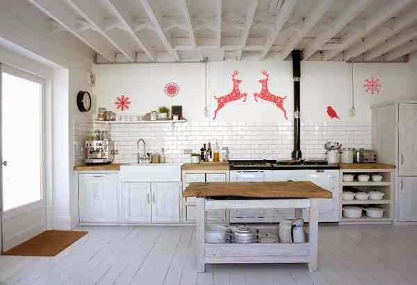 Świąteczna dekoracja kuchni - czerwone renifery