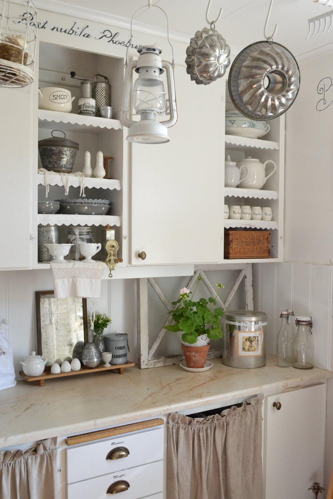 Vita hemmet lyckebo: mitt somriga kök!