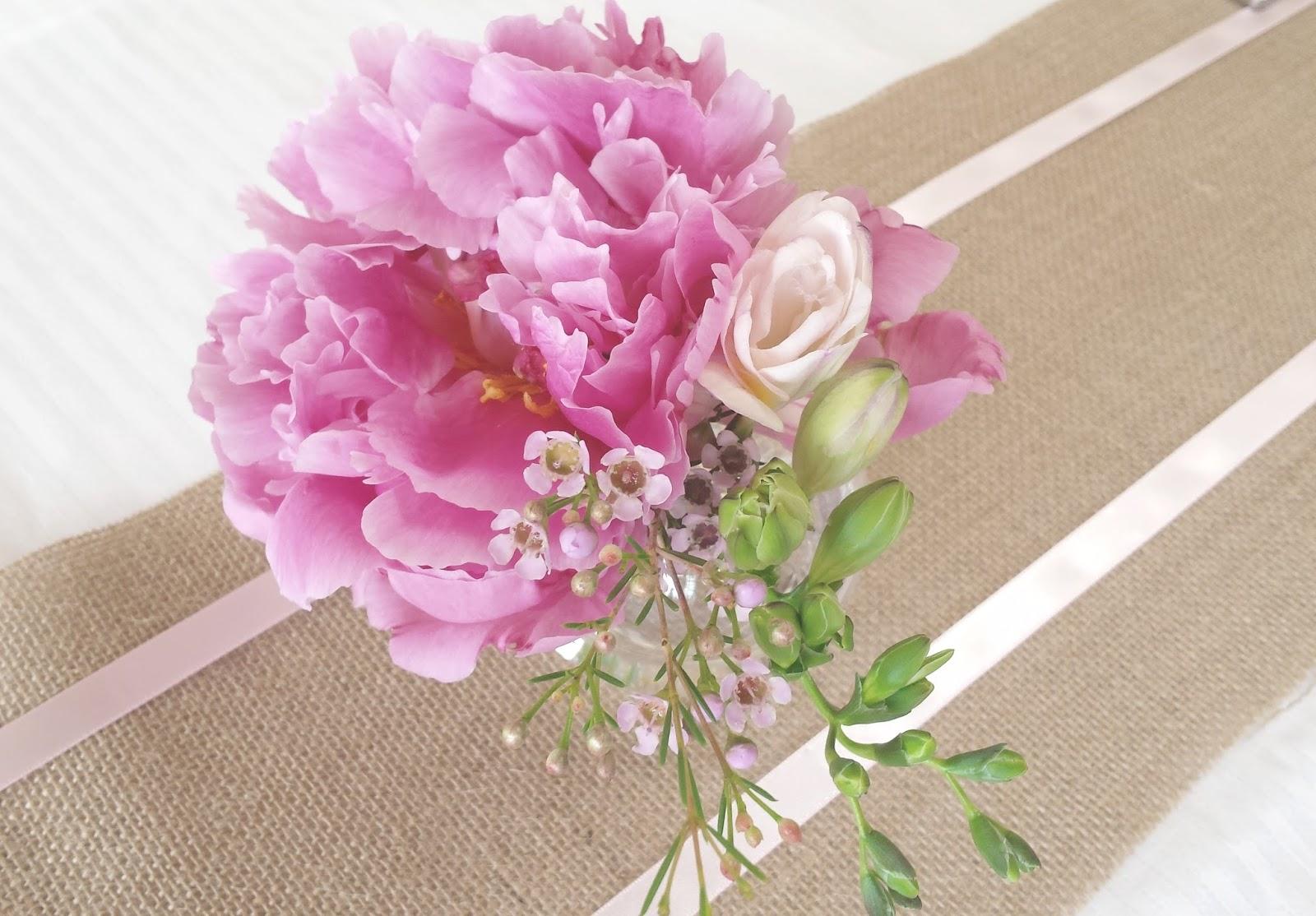 La petite boutique de fleurs fleuriste mariage lyon fleuriste mariage rh ne mariage de d m - Centre de table mariage fleur ...