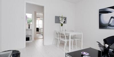 comedor apartamento pequeño femenino