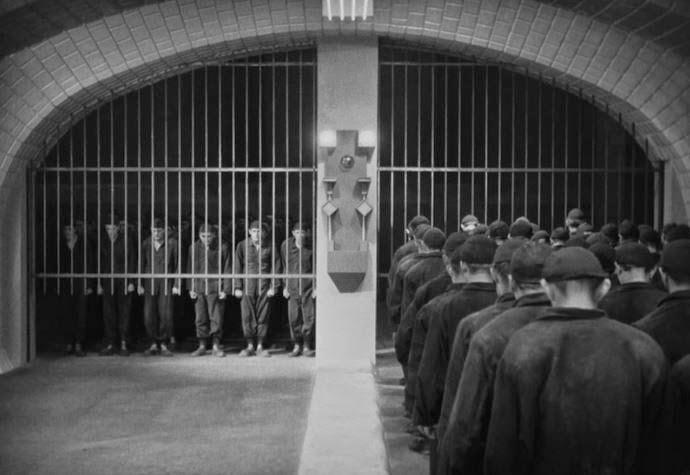metropolis-1927-obreros