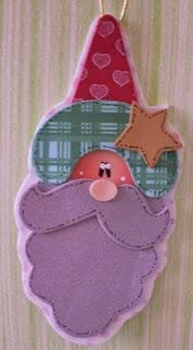 http://goma-eva.com/varios-adornos-de-navidad-en-goma-eva-con-moldes/