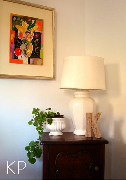 Muebles vintage online. Venta de muebles, lámparas, mesitas de luz y artículos de decoración.