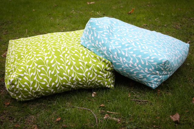 A Craft a Day: Giant Floor Cushions - TUTORIAL
