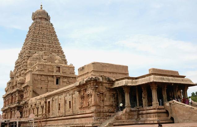 brihadeeswara temple Brihadeeswarar temple name proper name: brihadeeswarar temple location location: thanjavur architecture and culture history date built: 11th century ad.