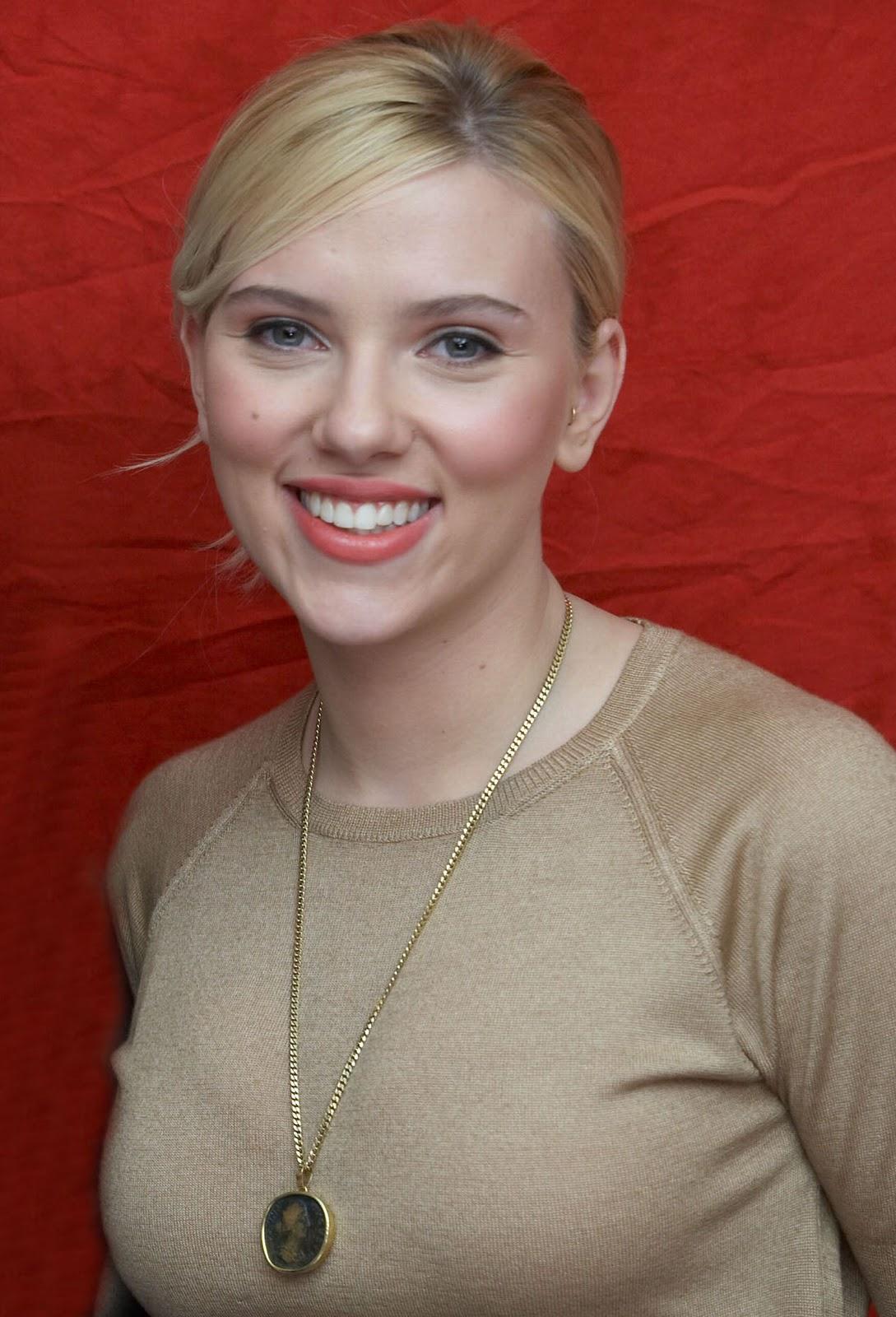 http://2.bp.blogspot.com/-iJ4QR_cd24g/ToTmN1ATBwI/AAAAAAAAALQ/WkanNaBUFJY/s1600/Scarlett+Johansson+12.jpg
