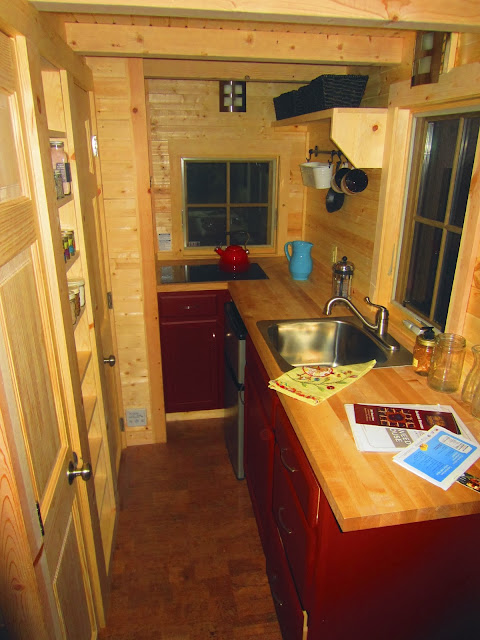 My visit to the tumbleweed linden in sonoma ca tiny house on wheels - Tumbleweed tiny house interior ...