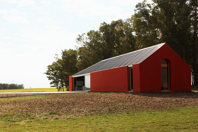 Casas minimalistas y modernas casa rural minimalista en for Casa minimalista uy