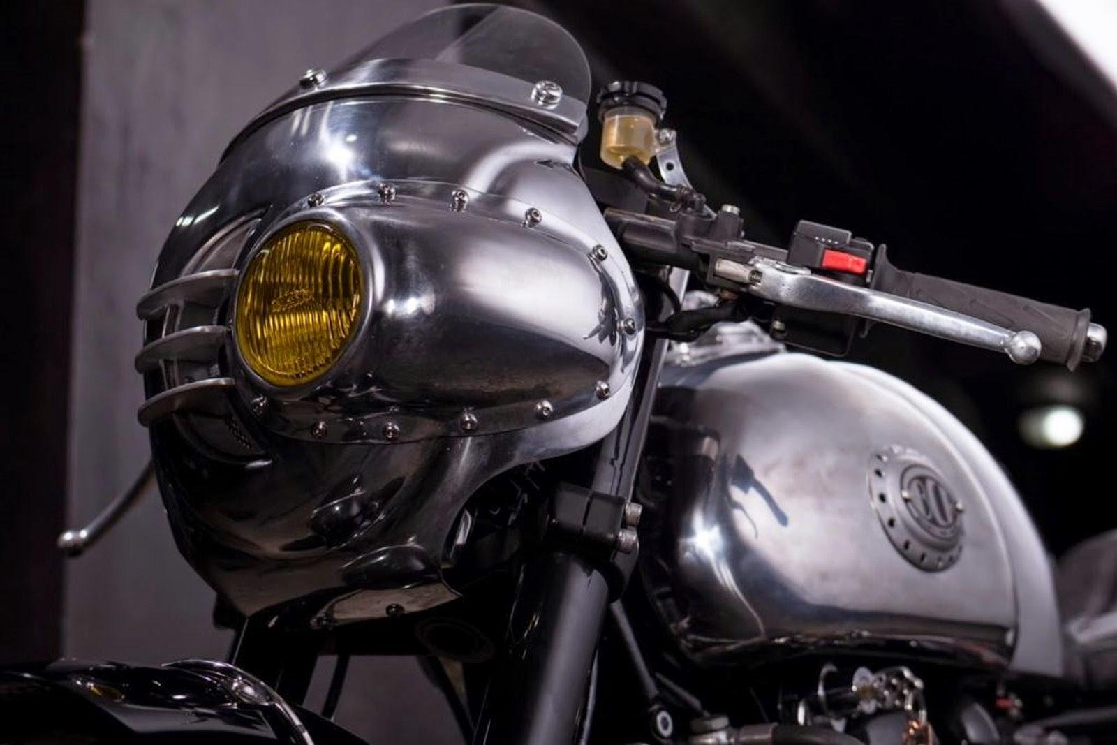 Triumph Thruxton Steampunk par BCR
