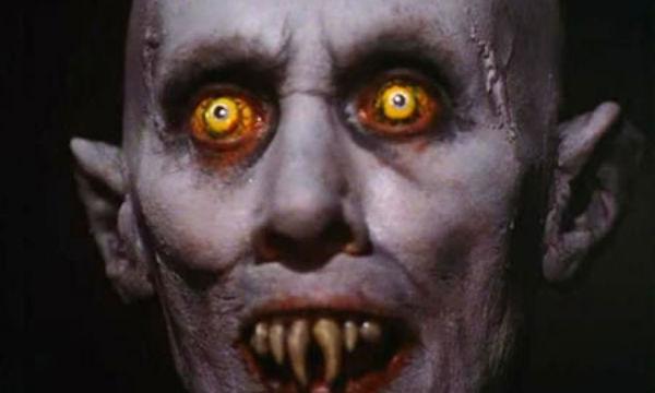 El rojo de los ojos, ¿por qué? Vampiro