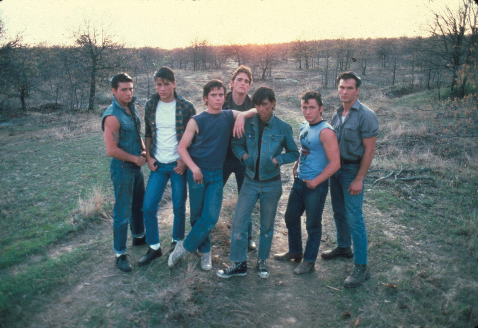 the outsiders The outsiders is about two weeks in the life of a 14-year-old boy the novel tells the story of ponyboy curtis and his struggles with right and wrong in a society in which he believes that he is an outsider ponyboy and his two brothers — darrel (darry), who is 20, and sodapop, who is 16 — have.