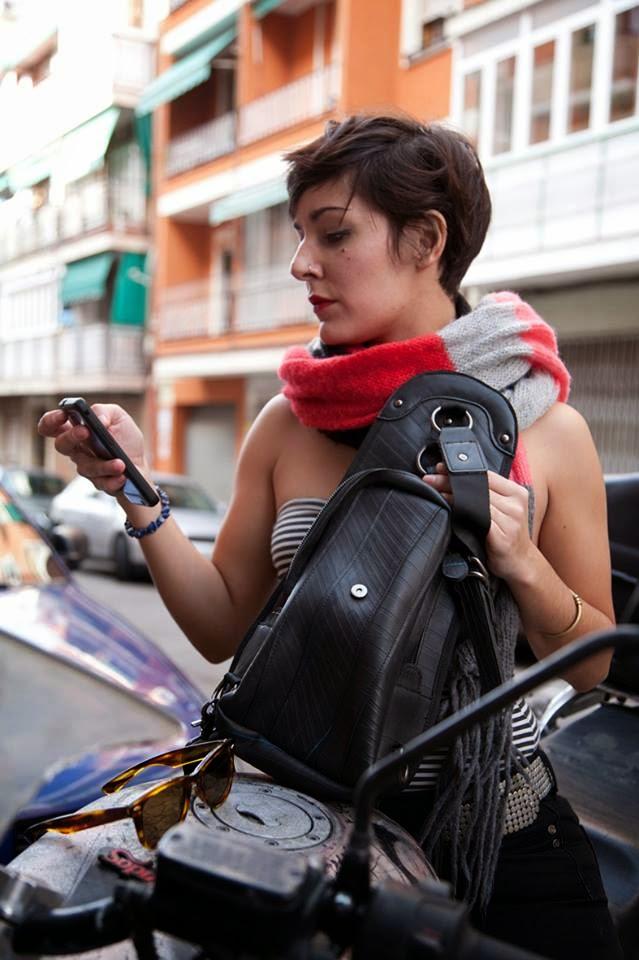Bolsos de Moda con Caucho Reciclado