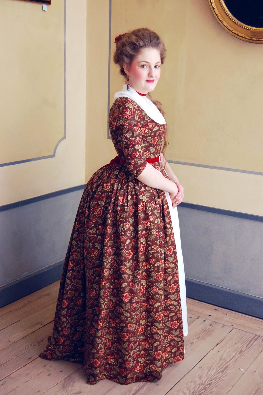 Rococo Atelier  Costume Gallery