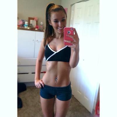 teen cheerleader booty shorts pictures