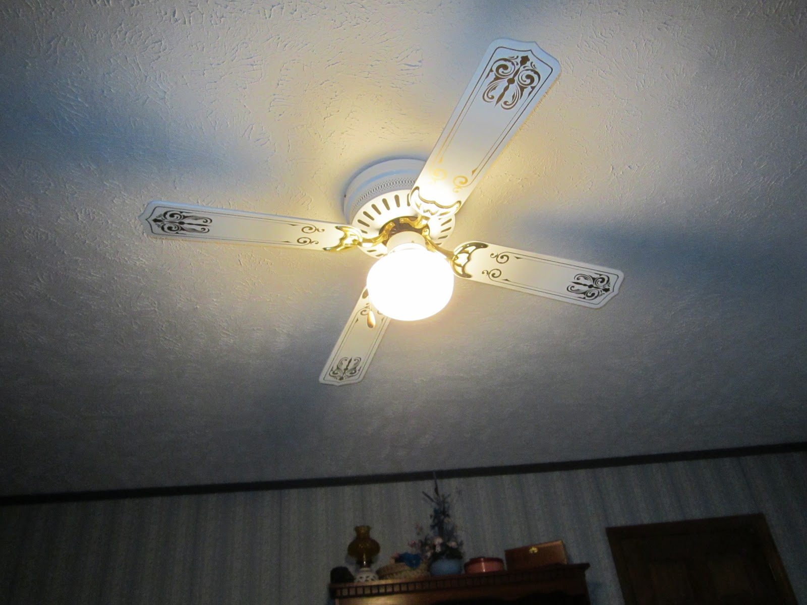 Frugal workshop saving on electricity reverse ceiling fans for winter saving on electricity reverse ceiling fans for winter mozeypictures Choice Image