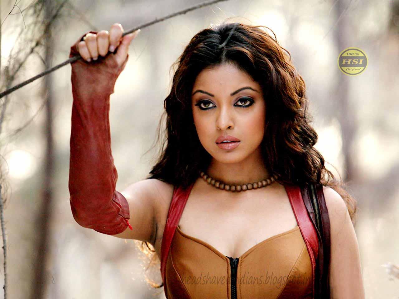 Bollywood Actress Tanusree Dutta S Hair Styles 2 Head