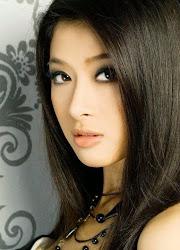 Nikki Dương