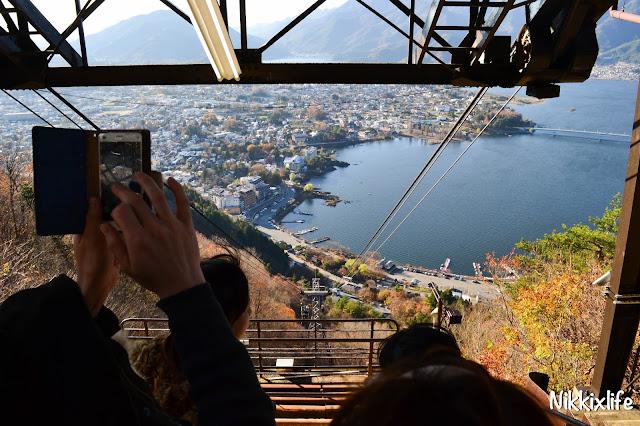 日本河口湖天上山公園
