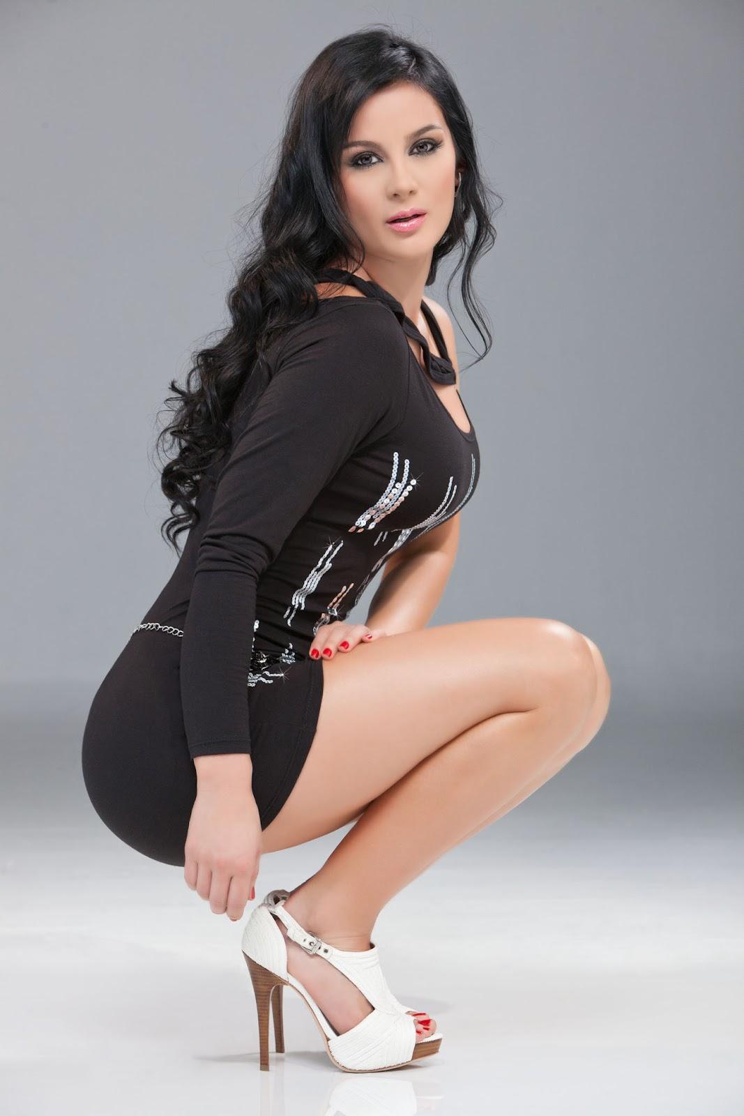 Eliana franco fotos de modelos mujeres y las mas for Daniela villa modelo