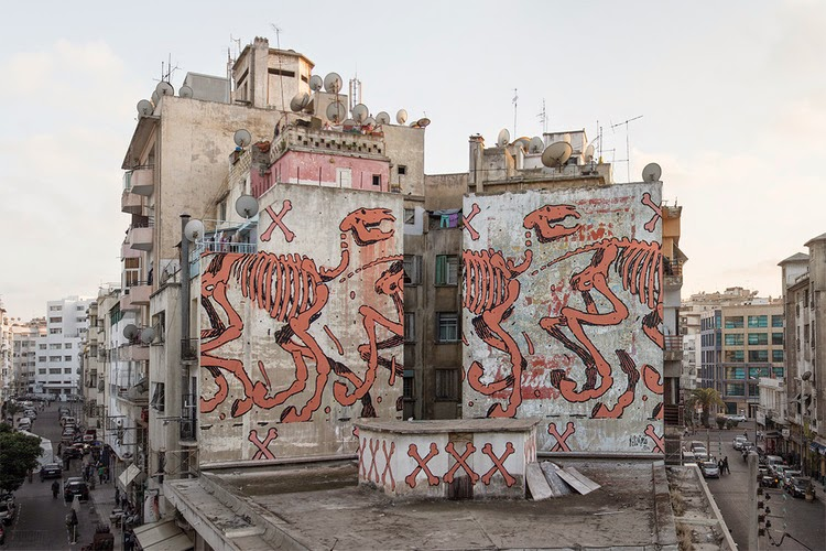 While we last heard from him in Lithuania earlier this month, Aryz is now in North Africa where he was invited to paint a big wall on the streets of Casablanca in Morocco.
