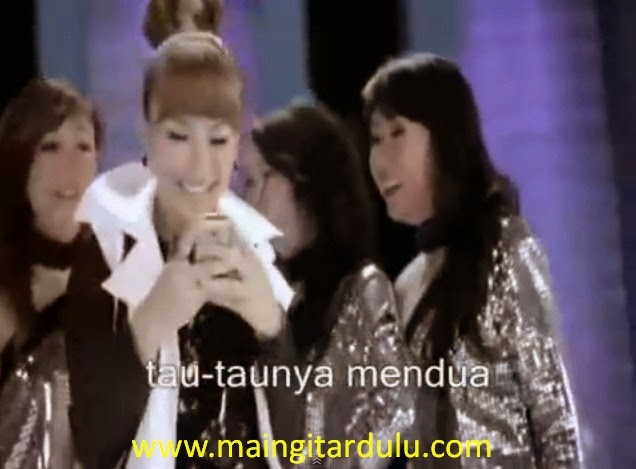 Single Happy - Ayu Ting Ting