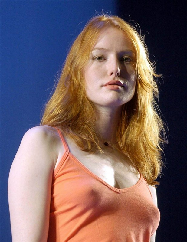 Alicia Witt - Images Gallery