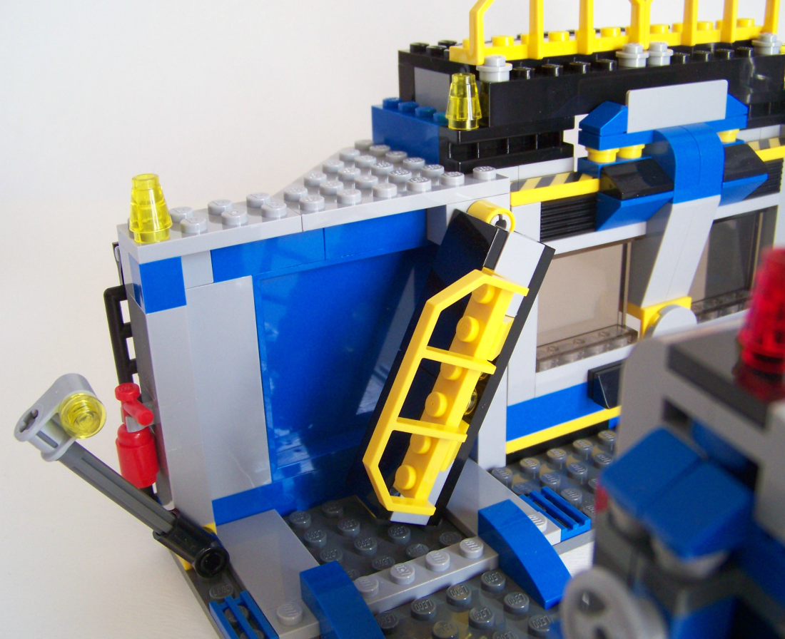 how to make a lego crossbow without technic pieces