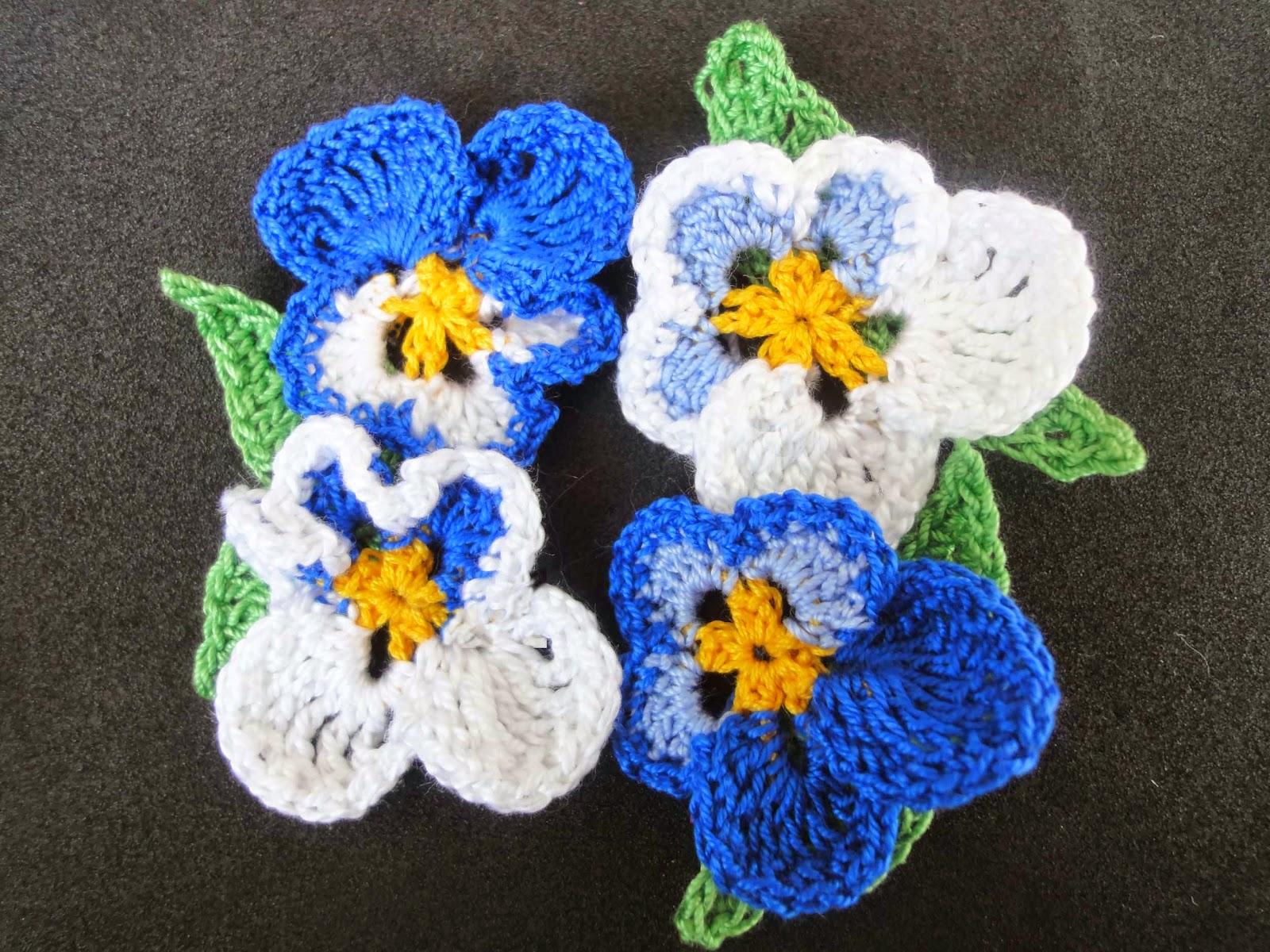 цветы анютины глазки из бисера схема