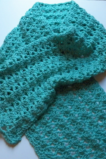 Crochet Pattern For Summer Shawl : Crochet Attic: Summer Shawl Finished and New Baby Popcorn ...