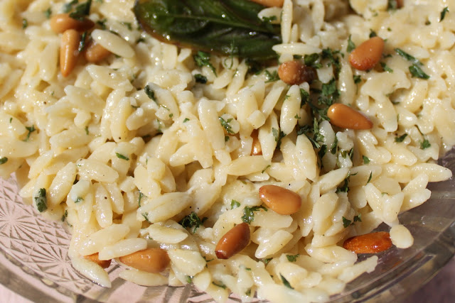 What's Cookin' Italian Style Cuisine: Creamy Orzo Herb and Parmesan