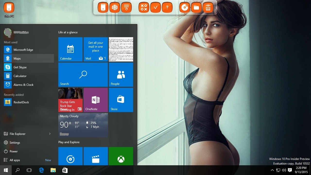 Lingerie models screensaver for Windows 10