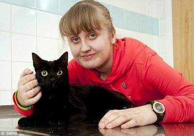 Kucing peliharaan selamatkan nyawa tuan