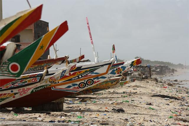 Canoas en el barrio pesquero de Guet Ndar (Saint Louis)