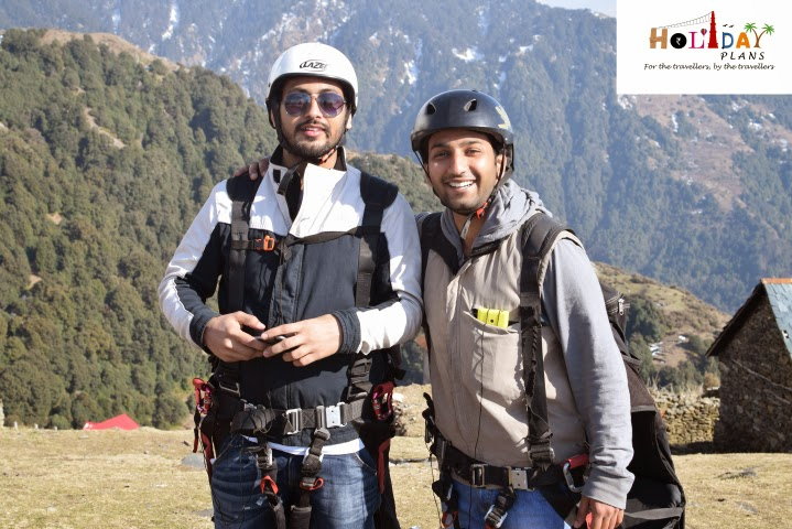 Gagan and Abhishek all set to go for paragliding in Bir