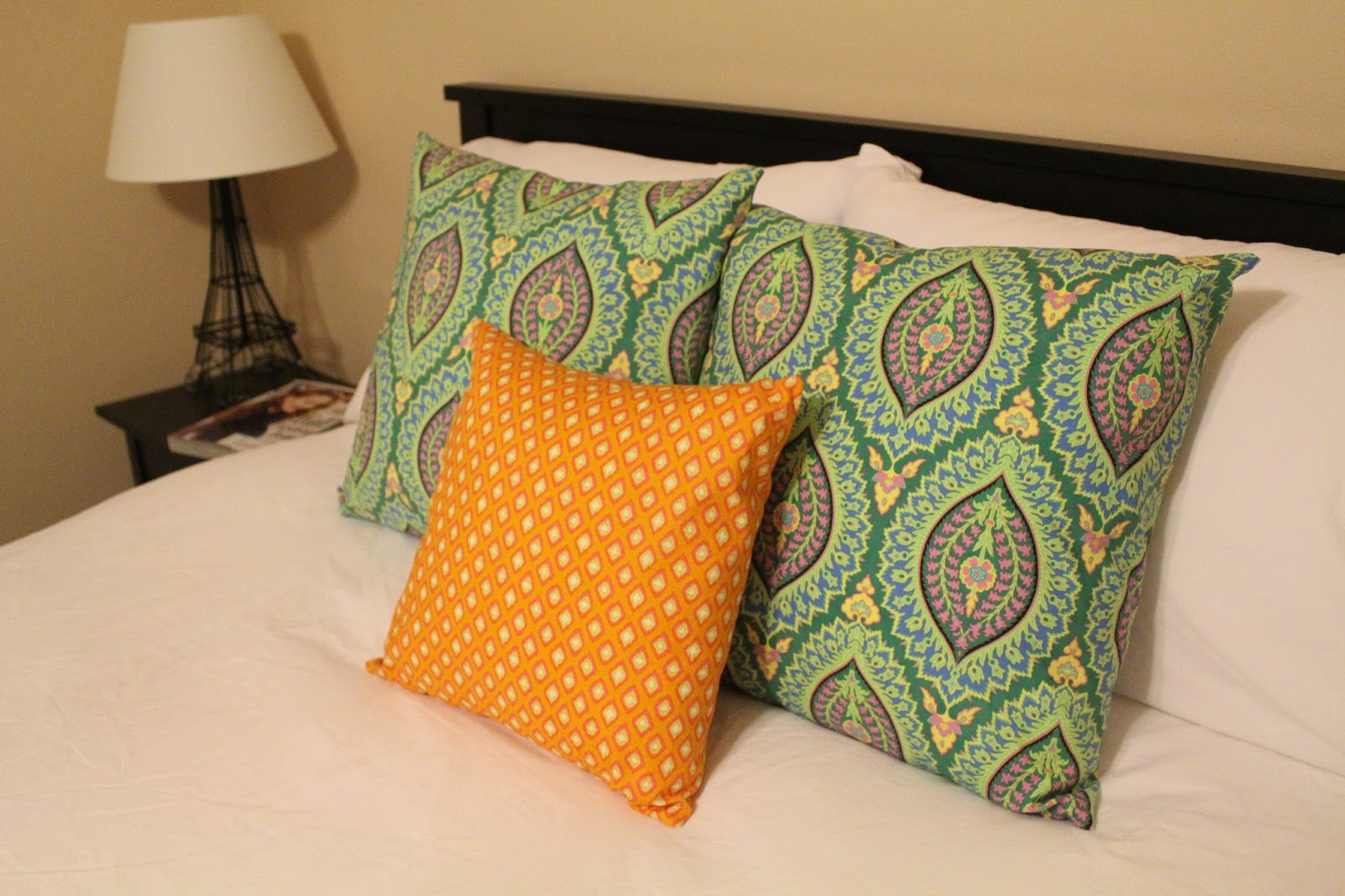 Diy Round Throw Pillows : Miss Allie Jane: DIY Throw Pillows