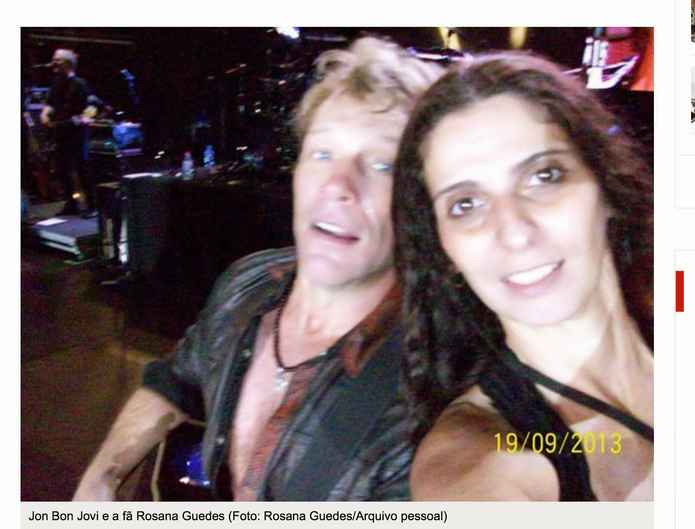 A simpatia de Bon Jovi com a fã Rosana Guedes, que ainda deve estar sentindo-se nas nuvens. - foto